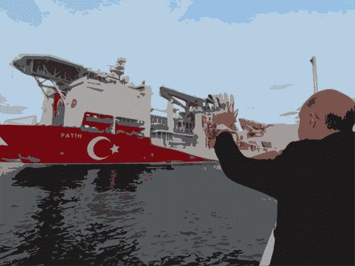 وجهة نظر: لماذا تستعرض تركيا عضلاتها في الخارج؟